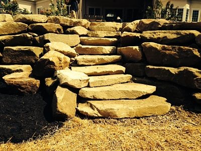Landscaping Ideas | Natural Stone Supplier | Michigan | Stone Walls