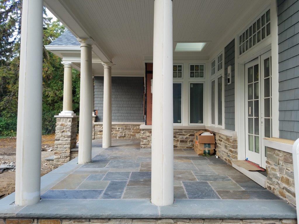 Bluestone patio patio stone flagstone patio michigan for Bluestone front porch