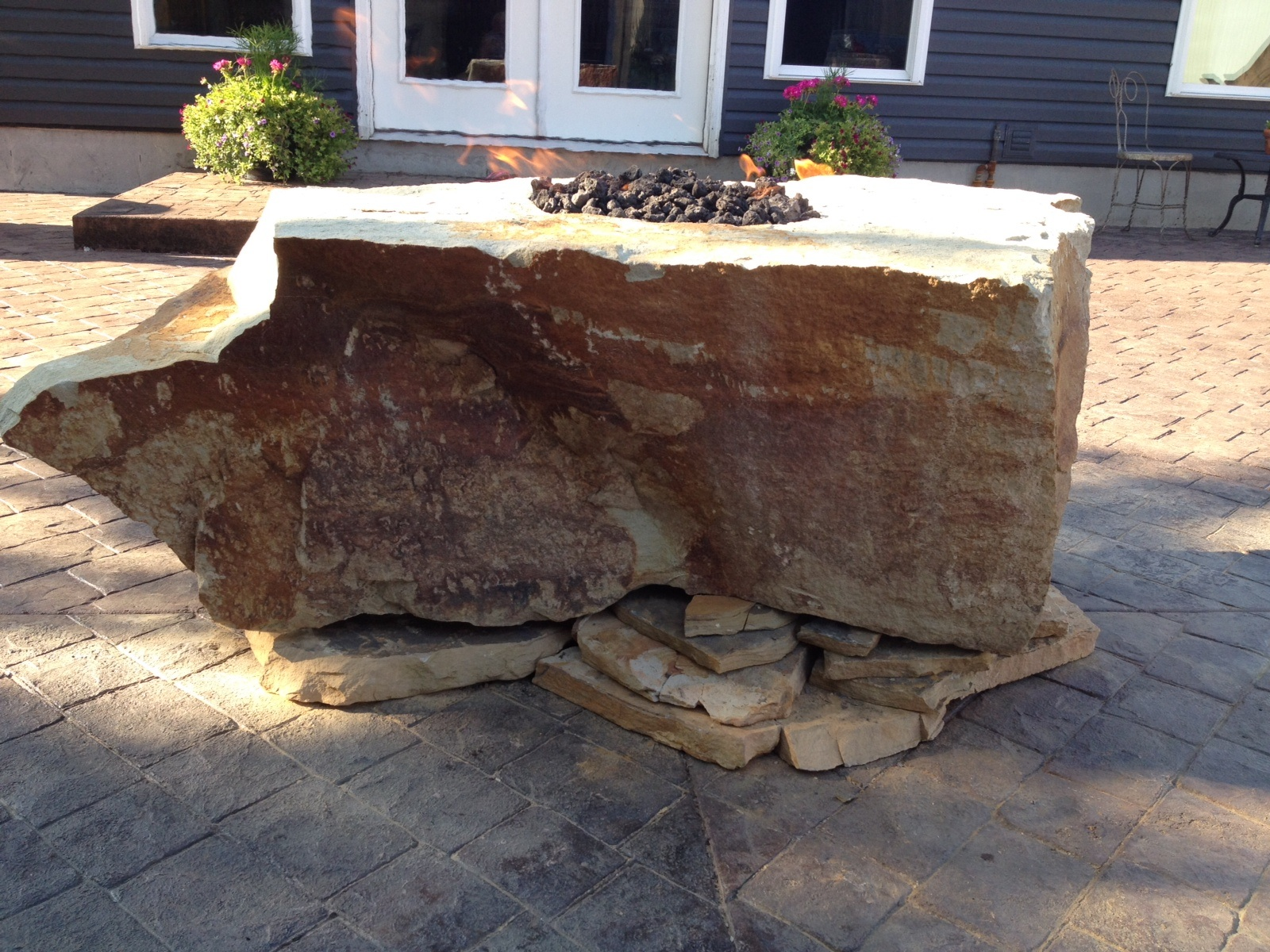 Fire Rock Natural Stone Fire Pit Fire Pit Backyard Fire Pit